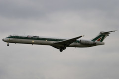 I-DACZ - 53058 - Alitalia - McDonnell Douglas MD-82 - Heathrow - 080318 - Steven Gray - IMG_1018