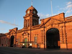 Nottingham Station (fractalx) Tags: nottingham station train nottinghamshire redbrick nottinghamstation eveningsunlight