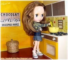 Anaïs cocinando...