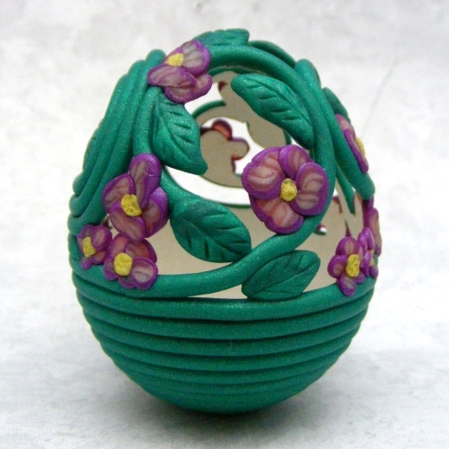 filigree egg