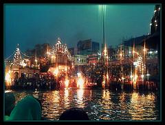 Ganga aarti, Haridwar, India (express your soul) Tags: flickrbronze