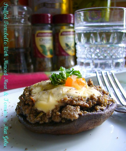 Stuffed Portobello With Minced Meat & Tomato