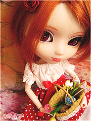 Sweet and romantic (Tramidepain) Tags: flowers red orange white spring rust doll basket andrea redhead cancan pullip rement blitz andie sbh ulala obitsu junplanning jseries 25cm rewigged stica kawaiiaquarelle