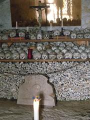 100414_Hallstatt 100 (Tauralbus) Tags: friedhof cemetery skull austria österreich oberösterreich weltkulturerbe hallstatt upperaustria schädel beinhaus totenkult totenschädel unescoweltkulturerbe