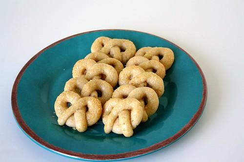 Vanilla Pretzel Cookies