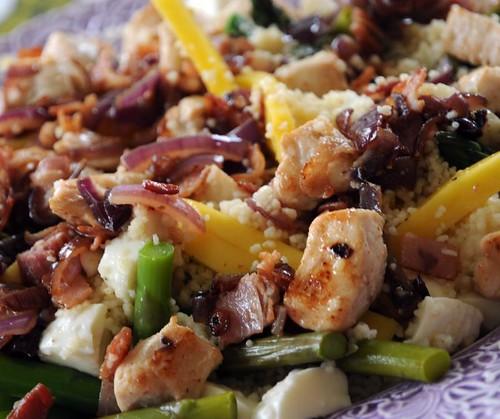 kyckling-sparris-mangosallad