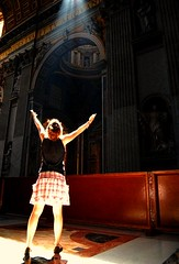 calling him (valen1991) Tags: light vatican rome roma girl open arms praying skirt vaticano et rezando