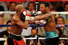 MAYWEATHER VS MOSLEY FIGHT VIDEO