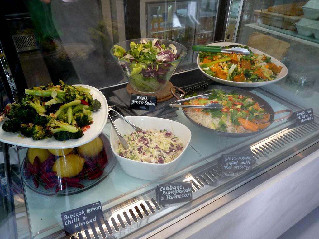 EARL salads