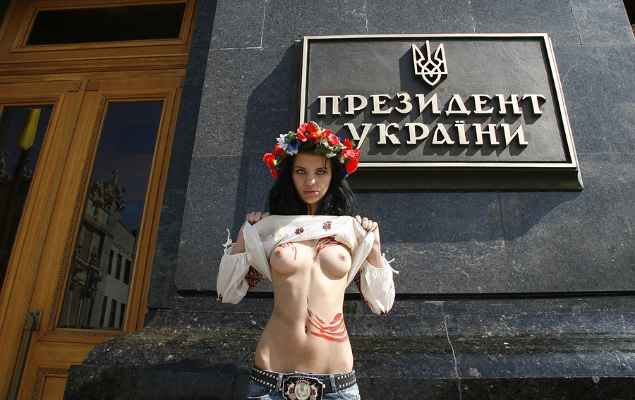 Прикол порно с украинскими шлюхами