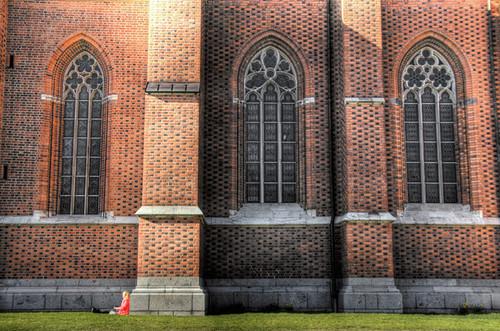 Uppsala. Leyendo en la catedral.