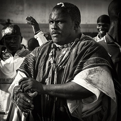 have you pray'd to-night, Desdemona? (lilion (Beatrix Jourdan)) Tags: africa portrait man face blackwhite eyes bravo traditions senegal dakar elton othello hl warior traditionalsport pakala pentaxk10d laamb lilion parcelles senegalesewrestling ennoiretblanc luttesénégalaise guédiawaye jmeszolybeatrix ballagaye cheikhfall yékini beatrixjourdan mbayegueye modoulo toubaboudior yakhyadiop lacdeguiers2 papeansoucissé thionkesyl batlingsiki abdoulayediouf lionsdelateranga lacdeguiersii boyniang2 taphatine eumeusene dembagueye boynaar aïcambeur zalelô
