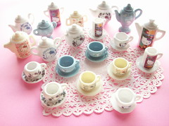 Kawaii Cute Hello Kitty Miniature Ceramic Tea Set Collection Sanrio (Kawaii Japan) Tags: cute japan cat ceramic table toys japanese miniatures tea hellokitty adorable kitty mini sanrio collection tiny kawaii teacup playhouse collectibles teaset teaservice