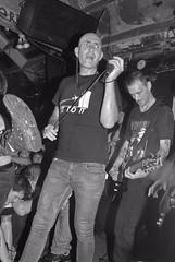 Jake & Lenny (the roadiegirl) Tags: california ca berkeley punk bald lenny tattoos punkrock 24mm filth thelist gilmanstreet tattooed longearrings baldman destroyeverything punkrockers nikond80 lookoutrecords 924gilmanstreet jakefilth karolinecollins theroadiegirl thisiswhywearethepunks stevelist jakesayles thelististhousandslong thelist20yearanniversaryshow