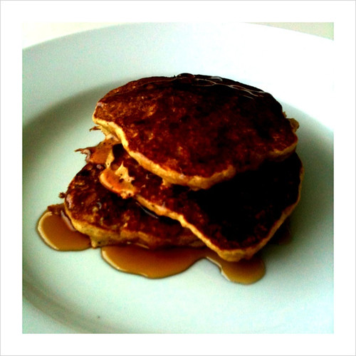 Whole wheat & wheat germ banana pancakes