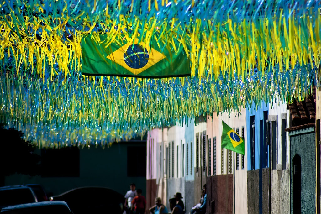 BRASIL EM FESTA, COPA DO MUNDO !! LET'S by Thomás, on Flickr