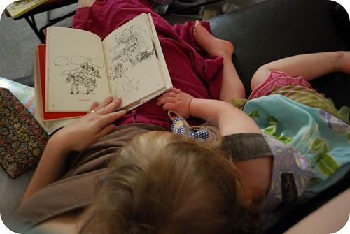 book snuggle