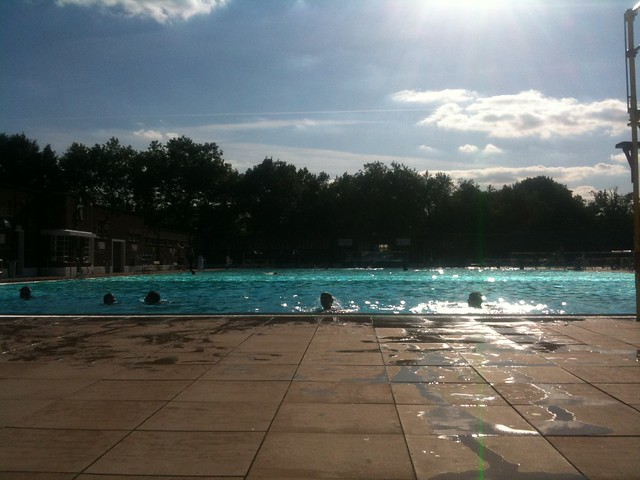 Parliament Hill Lido, end of summer