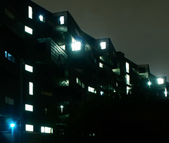 Pooley House, Westfield Student Village, Mile End (Stefan Schfer) Tags: longexposure london students night dark tripod halls e1 eastlondon hallsofresidence studenthalls towerhamlets studentaccomodation qmul queenmarysuniversitylondon westfieldstudentvillage pooleyhouse