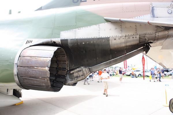 EAA10_F-4E_36