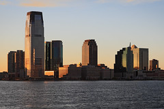 NYC - Evening View towards Jersey City (Michael.Kemper) Tags: voyage travelling reise canon 30d efs 1755 f28 is usm canoneos30d canonefs1755f28isusm usa us united states america vereinigte staaten von amerika new york city ny nyc big apple bigapple jersey jerseycity newjersey colgate clock colgateclock uhr goldman sachs tower goldmansachstower skyline skyscraper skyscrapers wolkenkratzer hudson river hudsonriver flus fluss gold golden sunset sonnenuntergang