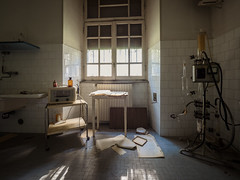 Abandoned thermal hotel (NأT) Tags: urbex urban urbain urbaine urbanexploration explorationurbaine em1 exploration explore exploring empty alone nobody olympus omd zuiko 714mm 714 past passé passée ancien ancienne old decay decaying derelict dust dusty rust rusty rotten creepy medical médical hôtel hotel thermal abandoned abandon abandonné abandonnée abbandonato abbandonata ospedale forbidden interdit interdite forgotten oubli oublié oubliée lost perdu perdue