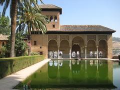 Alahmbra, Granada (Giu 182) Tags: spagna riflesso water monument mirror granada