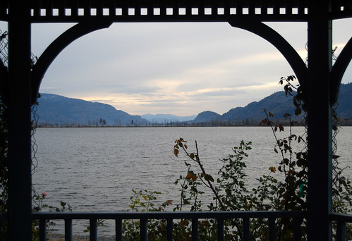 28 - Osoyoos Lake Gazeebo