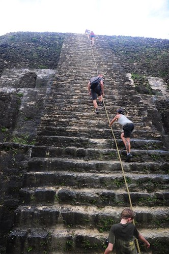 Are you as fit as a Mayan? Probably not. Bet they didnt need no steenkin rope to race up their pyramids. And they did it in steamy jungle humidity.