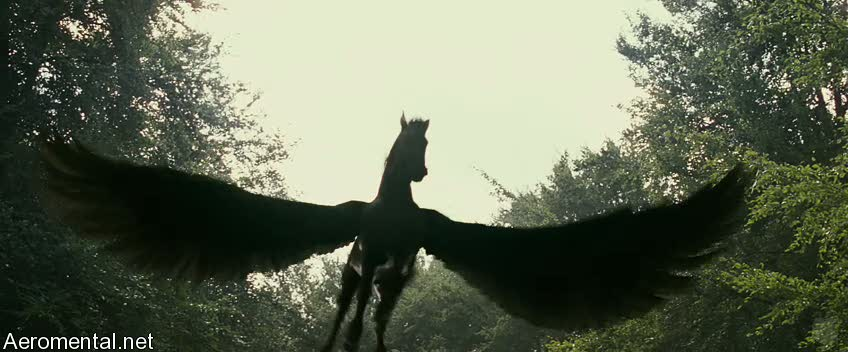 Clash of the Titans Pegasus open wings