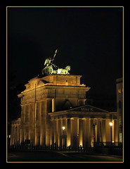Brandenburg Gate, Berlin (Mike G. K.) Tags: horses berlin statue architecture germany liberty lights back gate side brandenburg nigh collumns illumnited iseeyouarelovingthenightimages
