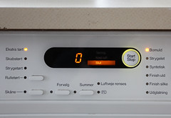 Naughty dryer (Lars Plougmann) Tags: start naughty slut buttons machine stop dryer img8274