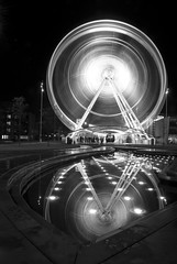 Middlesbrough Wheel - Dec 2009 (Ben Pearey) Tags: reflection wheel night town long exposure centre ferris middlesbrough teesside bppnight
