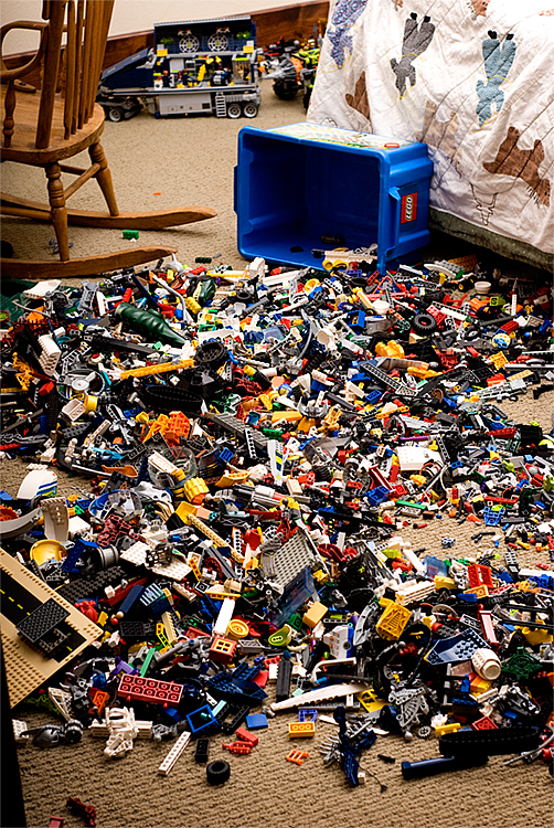 Will's Lego pile jan 3 09
