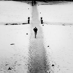 se ne va (ozio-bao) Tags: snow canon sigma neve 17 70 40d