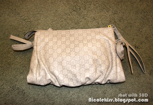 gucci hysteria clutch back