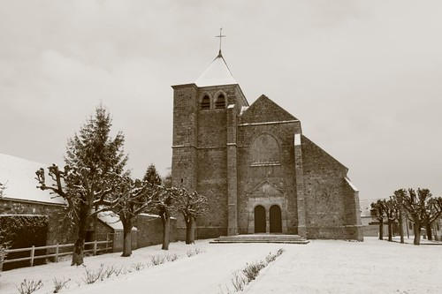 Village church, route D939.