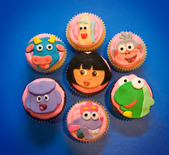 Dora and friends 2 (sunjushi) Tags: dora cupcake fondant