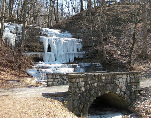 Falls at Creve Coeur Lake