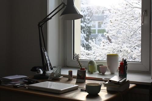 Desk love