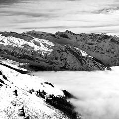 #5 (Mathieu Calvet) Tags: blackandwhite snow france landscape noiretblanc pentax sigma neige 24mm paysage 74 lesgets aficionados squarre sigma24mmf18 k10d pentaxk10d justpentax hautessavoie pentaxart