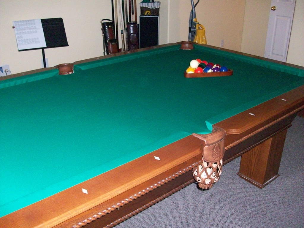 Connelly 8foot Oak Pool Table