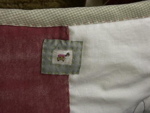 "Toy bag det. • <a style=""font-size:0.8em;"" href=""http://www.flickr.com/photos/35733879@N02/4349180210/"" target=""_blank"">View on Flickr</a>"