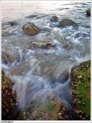 Di mana lagi kalau bukan di pantai.. (sam4605) Tags: beach landscape ed wave olympus malaysia kotakinabalu e1 sabah kota kinabalu pantai likasbay zd sealandscape likas sabahborneo 1442mm teluklikas