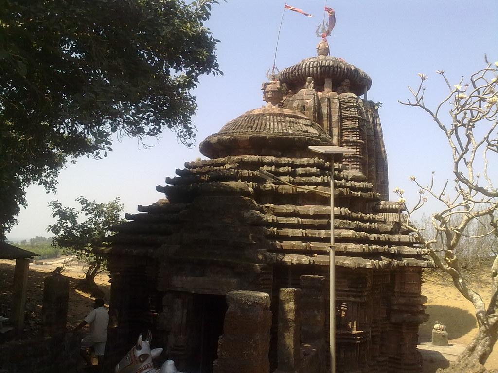 Bhabakundaleswar temple