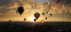 Mondial Hot-Air balloons, Chambley, France (Batistini Gaston) Tags: hotairballoons chambley gbatistini batistinni