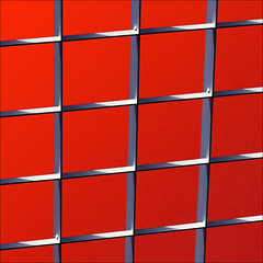 the beauty of tension (barbera*) Tags: red white lines grid grey switzerland shadows geometry zrich barbera lightandshadowplay jibbr 500910