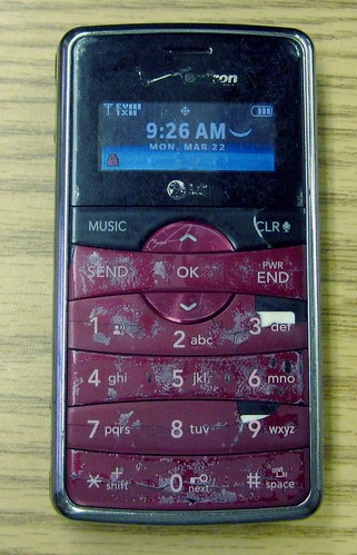 My LG enV2 closed