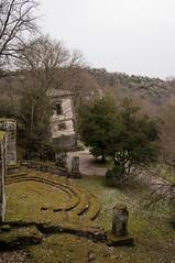 Sperpendicolarit (brumbah) Tags: parco statue italia sculture muschio marzo dei umbria bomarzo bosco sacro mostri