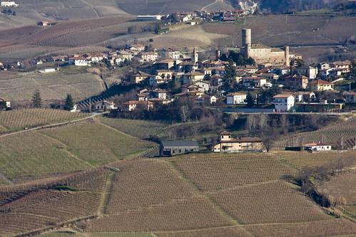 Castiglione Falletto (by storvandre)